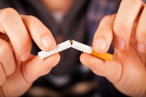 What Smoking Does To Your Eyes?